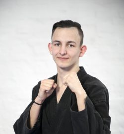 Timon Benjámin